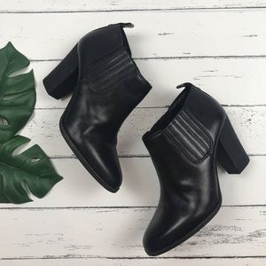 Michael Kors Black Leather Ankle Booties Size 5